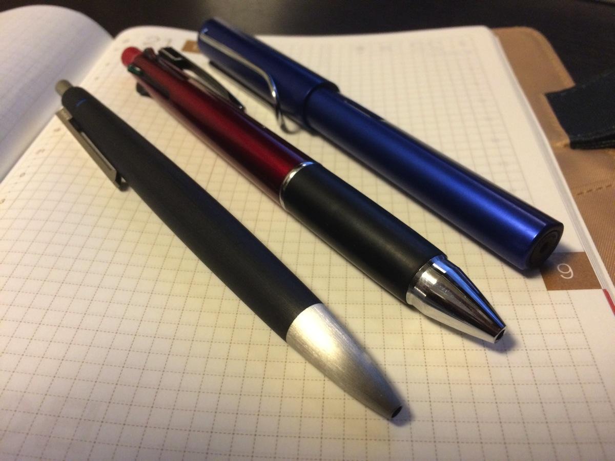 4色ボールペンに恋い焦がれる僕は、LAMY2000にJetStreamのリフィルを組み合わせて悦に入る
