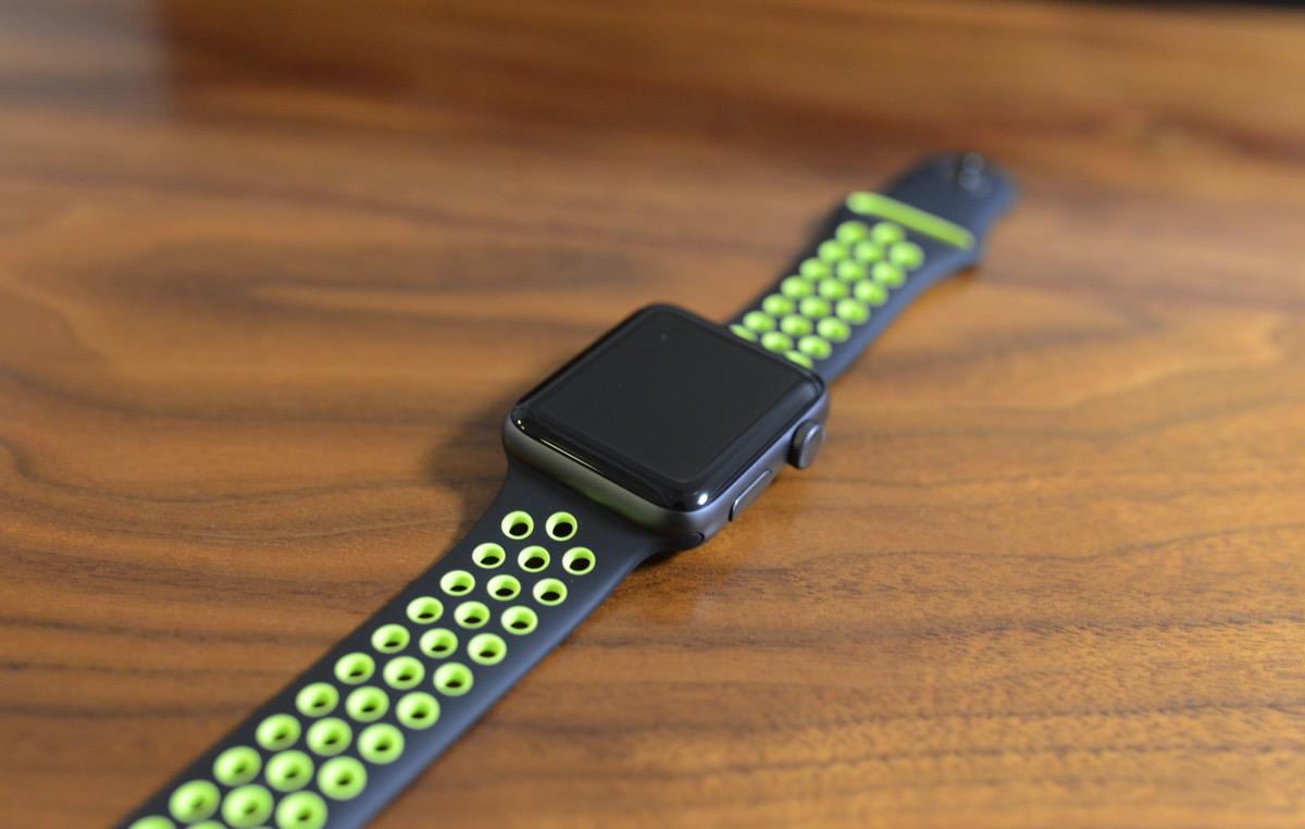 「Apple Watch Nike+」がやってきて毎日がめっちゃ快適になったって話(おすすめアクセサリー情報付)