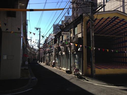 【街歩記】実はアートな街だった、横浜・黄金町